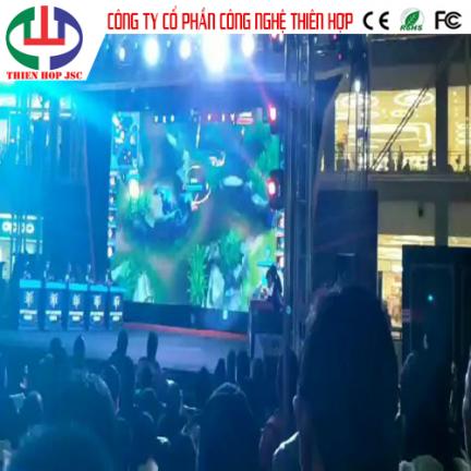 Lắp đặt màn hình led P3 chung kết Liên Minh Huyền Thoại