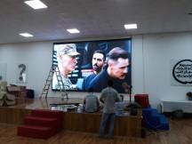 Thi Công lắp đặt màn hình LED P3 indoor , Sảnh trường học Quốc tế .